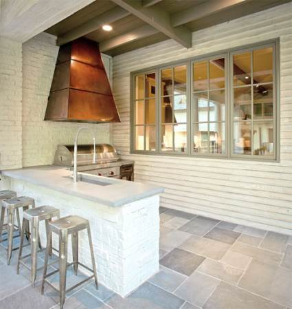 outdoor kitchen with kitchen island