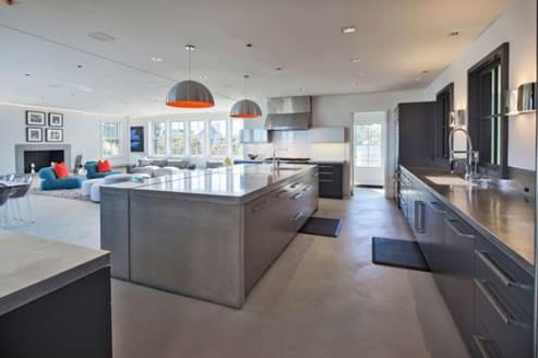 squam residence big kitchen