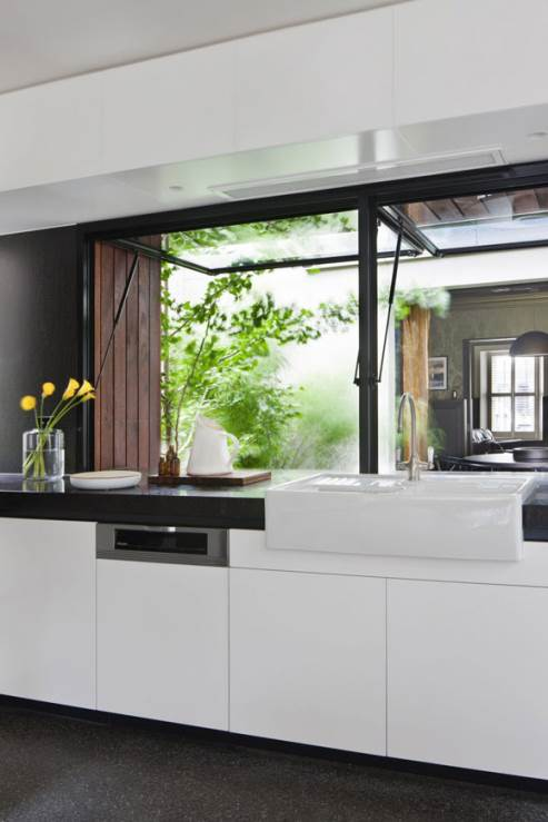 beautiful white kitchen sink