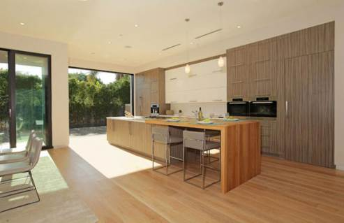 modern kitchen by Amit Apel Design