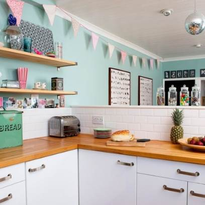 Three things you should never lack in your retro kitchen