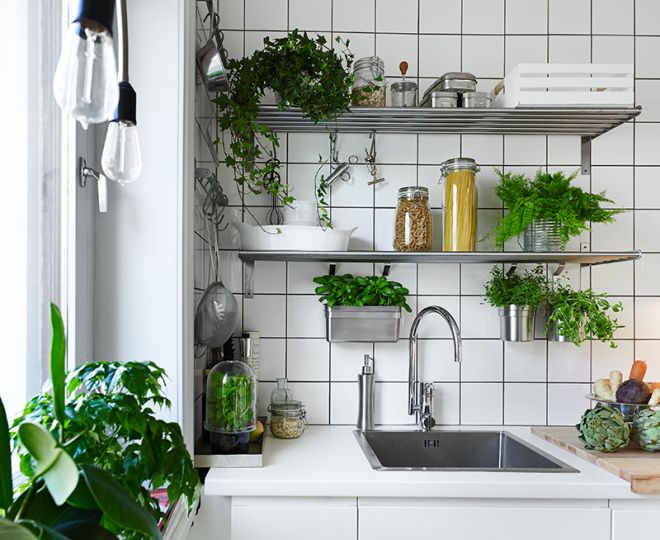Kitchen Decor Tips: Make Your Kitchen Seem Larger and More Inviting